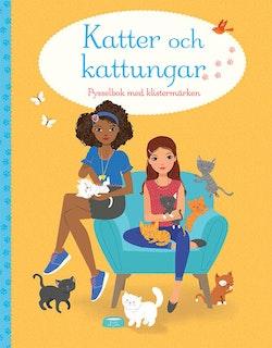 Katter och kattungar: pysselbok med klistermärken